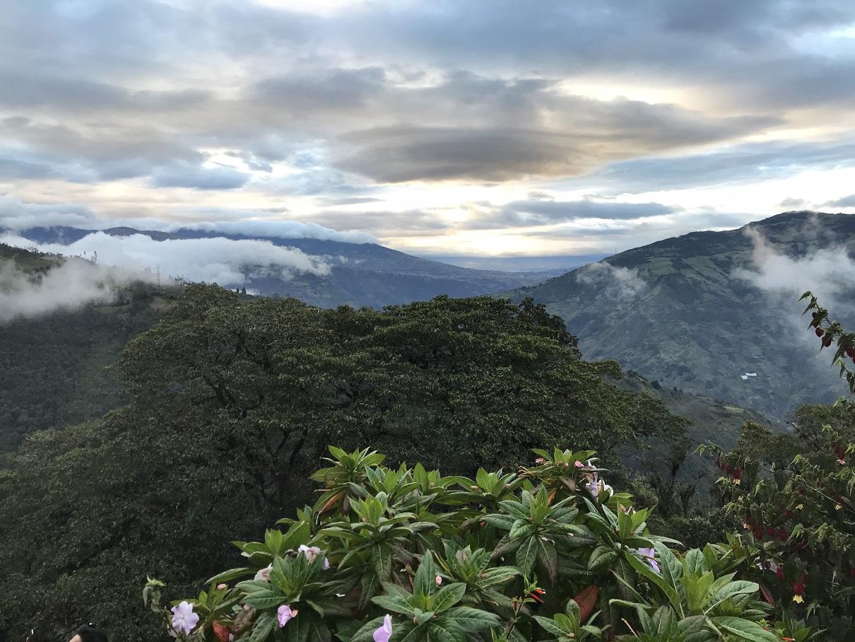 plan a vacation to Banos in Ecuador
